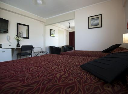 Kapiti Gateway Motel > Waikanae > HOST Accommodation, NZ