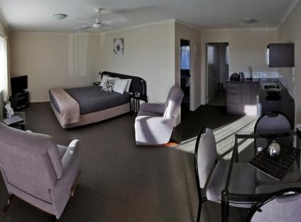 Bks Chardonnay Motor Lodge > Masterton > HOST Accommodation, NZ