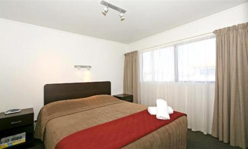 Marksman Motor Inn  Wellington Motels, Hotels And Lodges. Vigo Hotel. Hotel Ar Diamante Beach Spa. Time Hotel. Marty's At Little Beach Apartments. Hotel Hollroah. InterCity Premium Montevideo Hotel. Nap Hotel. The Marylebone Hotel