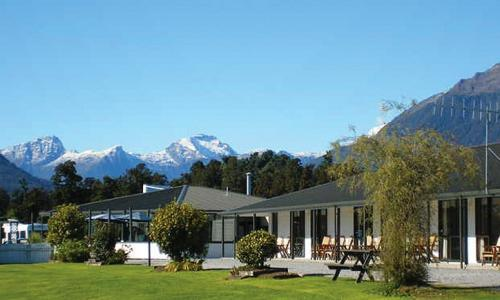 Heritage Park Lodge  | Host Accommodation, Haast NZ | Call: Blair & Jen on 03 750 0868