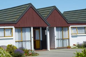 Bavarian Motel  | Accommodation in Invercargill | Call: Annie & Marshall on 03 2157552
