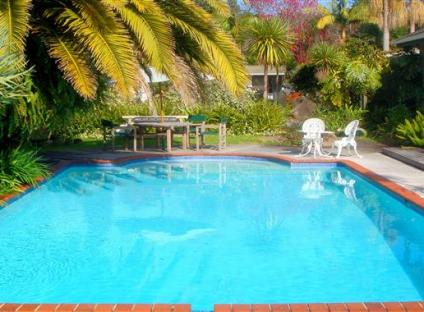 Colonial House Motel > Kerikeri > HOST Accommodation, NZ